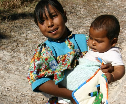 Sierra Tarahumara - women and children